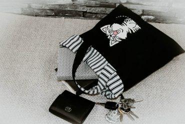 Tasche mit Katzenapplikation